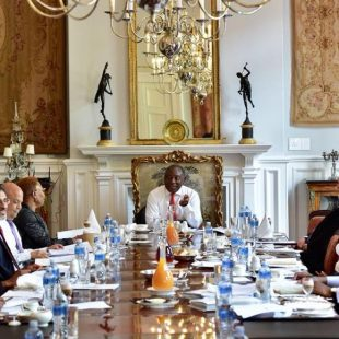PRESIDENT RAMAPHOSA HOSTS BREAKFAST MEETING WITH ECONOMIC CLUSTER MINISTERS